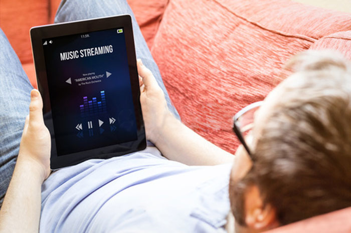 musica-streaming-tablet