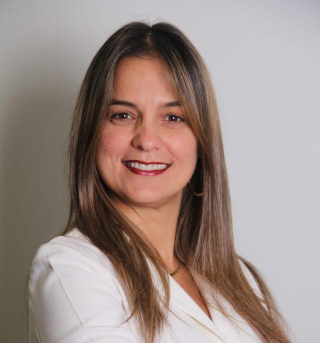 Maribel Dos Santos, de Oracle